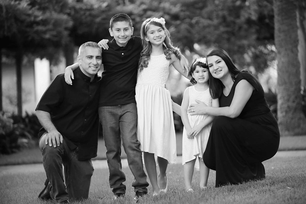 Family-LargeGroup6