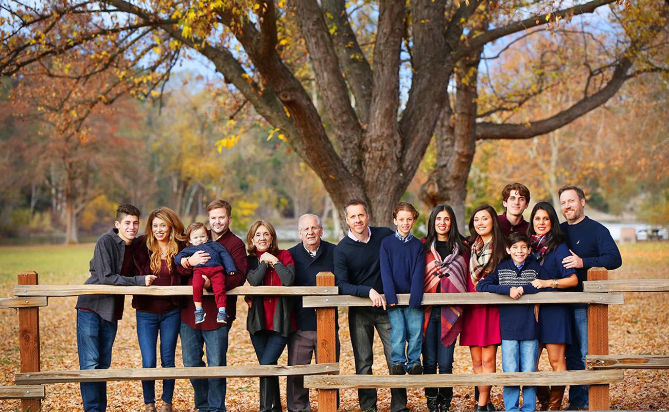 Family-LargeGroups1
